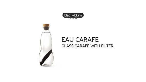Eau Carafe Black Blum