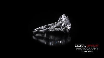 Round Diamond Halo Split Shank Ring 02