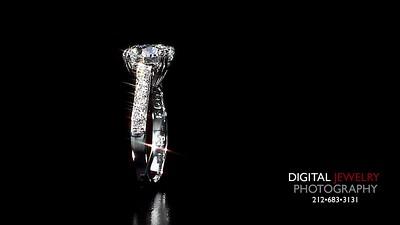 Round Diamond Melee ring