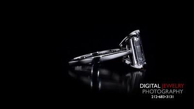Emerald Cut Diamond Soliatire Ring