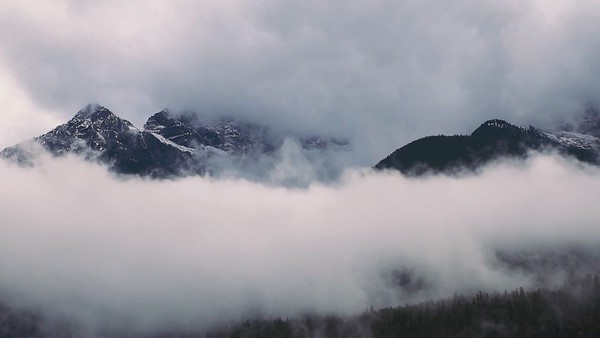 North Cascades Cloud Dance