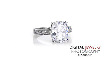 Cushion Melee Diamond Ring On White_1
