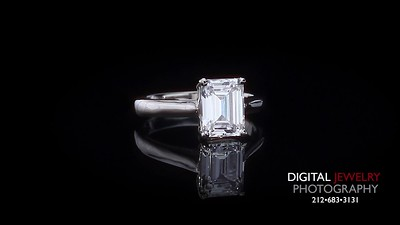 Emerald Cut Diamond Solitaire Ring 05