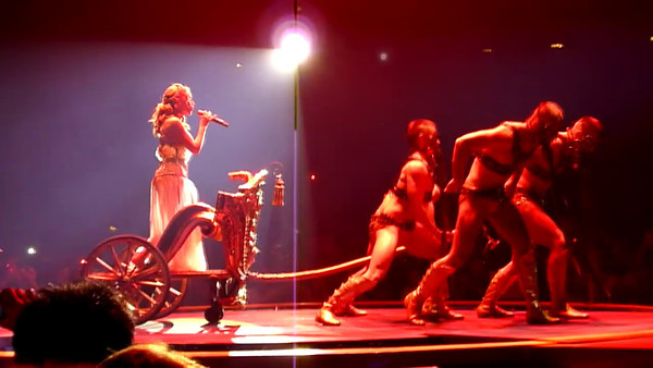 Kylie Minogue - Antwerp & Dublin (3/11) - Part 2