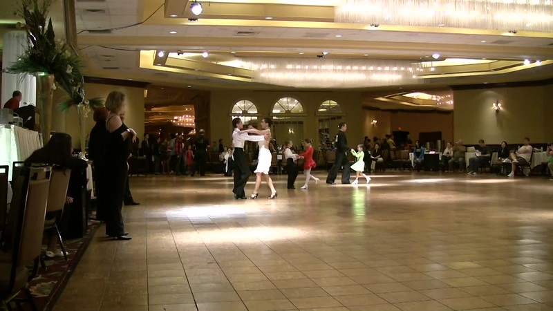 2011. Dancing a l a Carte. Peter and Mia. Debut.