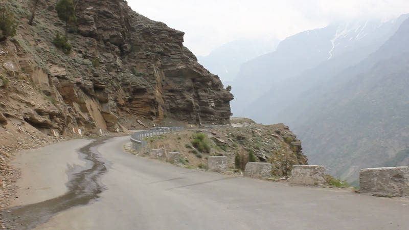 On the road from Keylong to Darcha (video by Jochen)