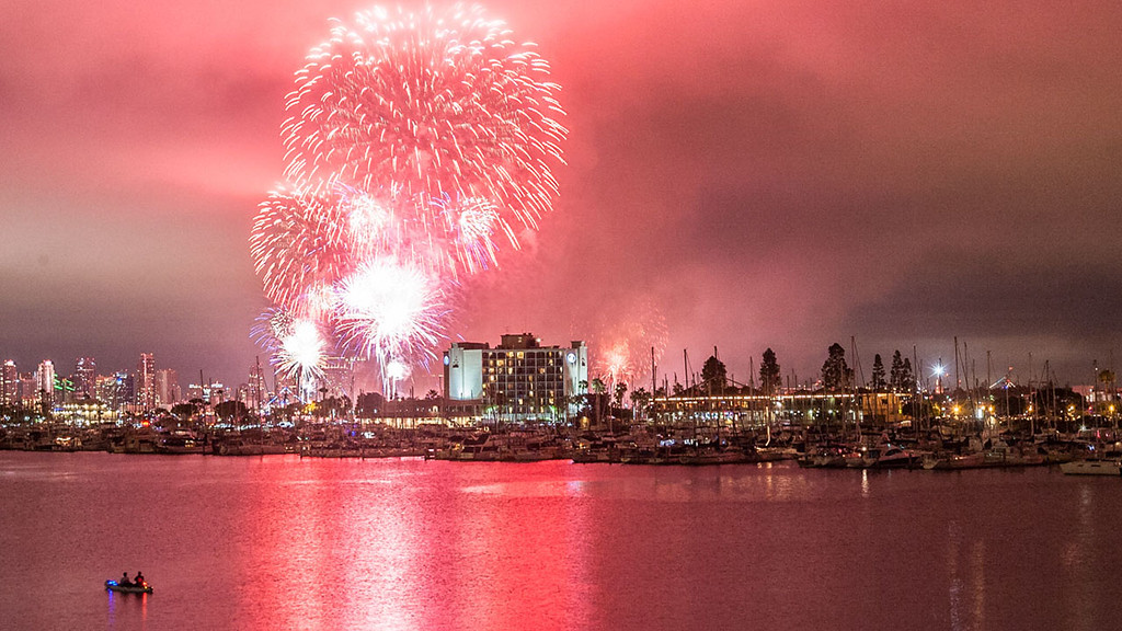 San Diego Bay 2015 Independence Day Fireworks!!!