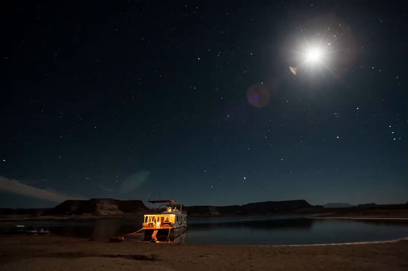 Houseboat Adventure on Lake Powell time lapse