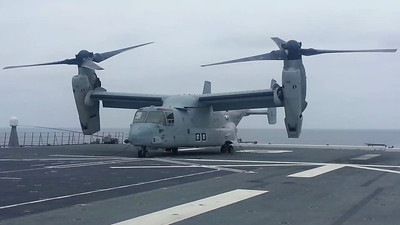 "USMC MV-22B Osprey, first time on a Japanese warship ""Hyuga"""