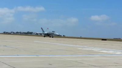 USMC Red Devils F-18's in San Diego 05/2013