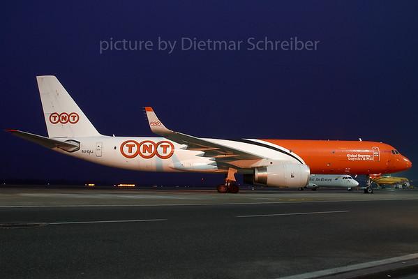 2007-12-20 SU-EAJ Tupolev 204 TNT