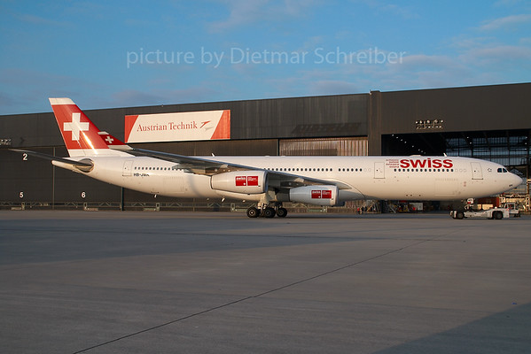 2007-12-17 HB-JMK AIrbus A340-300 Swiss