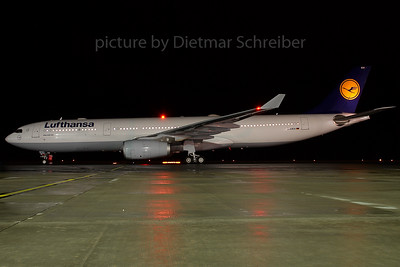 2007-12-07 D-AIKH Airbus A330-300 Lufthansa