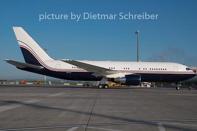 2009-05-17 N2767 Boeing 767-200