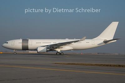 2010-12-30 A7-HHM Airbus A330-200 Qatar Goverment