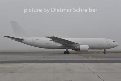 2011-12-14 TF-ELK Airbus A300-600F