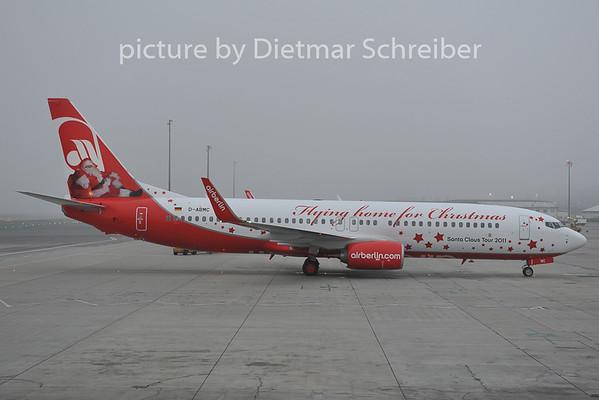2011-12-01 D-ABMC Boeing 737-800 Air Berlin