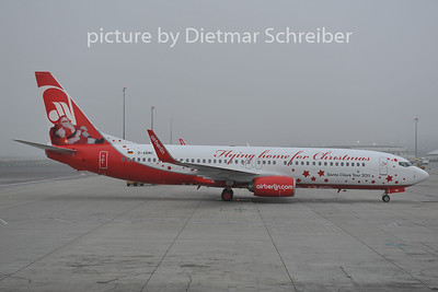 2011-12-01 D-ABMC Boeing 737-800 Air Berlin
