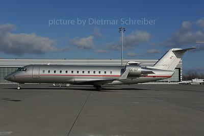 2013-12-02 OE-ILY Regionaljet 850 Vistajet