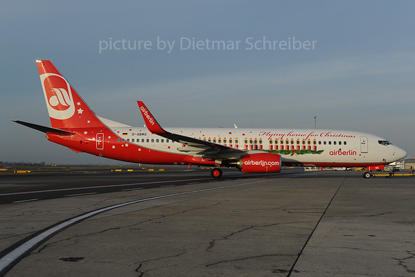2013-12-03 D-ABMS Boeing 737-800 Air Berlin