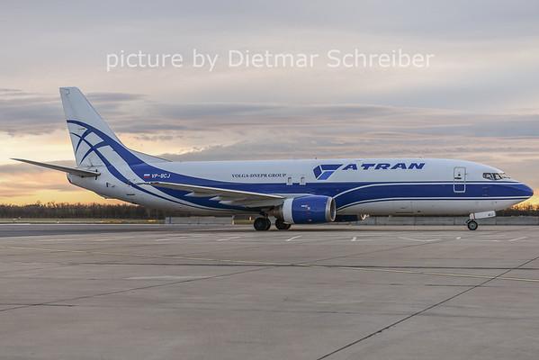 2014-12-23 VP-BCJ Boeing 737-400 ATran