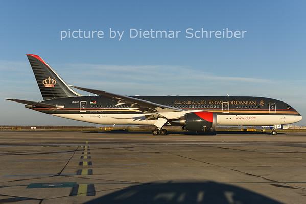 2014-12-24 JY-BAE Boeing 787-8 Royal Jordanian