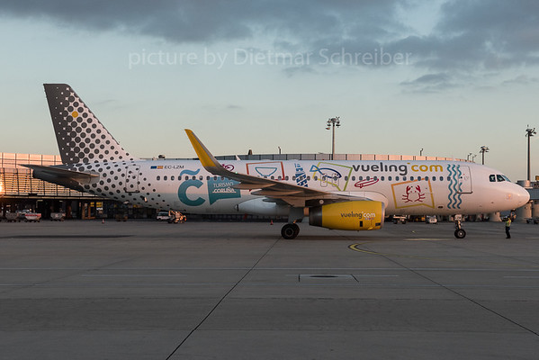 2015-12-10 EC-LZM AIrbus A320 Vueling