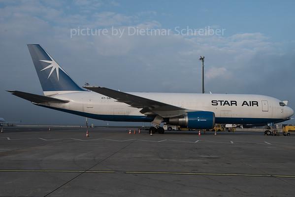 2015-12-16 OY-SRI Boeing 767-200 Star Air