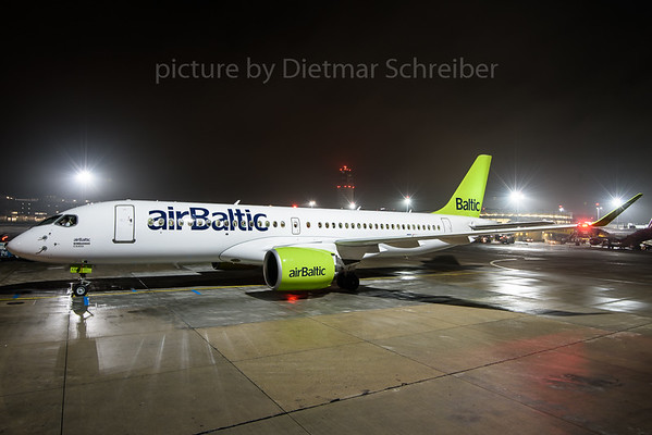 2016-12-23 YL-CSA Bombardier CS300 Air Baltic