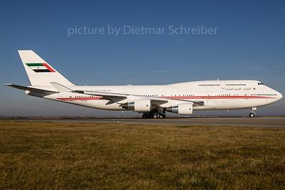 2017-12-25 A6-COM Boeing 747-400 UAE