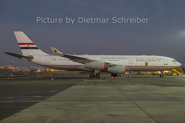 2018-12-19 SU-GGG Airbus A340-200 Egypt Government
