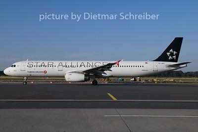 2019-07-17 TC-JRS Airbus A321 THY