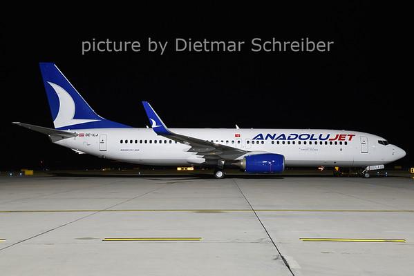 2020-12-17 OE-ILJ Boeing 737-800 Anadolujet