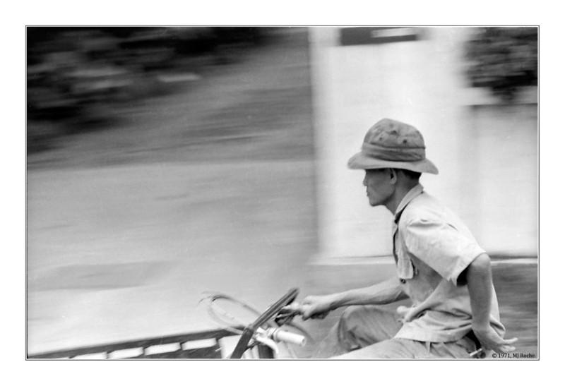 Saigon street. © 1970, MJ Roche.