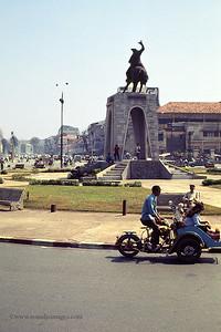 Saigon street- rotary