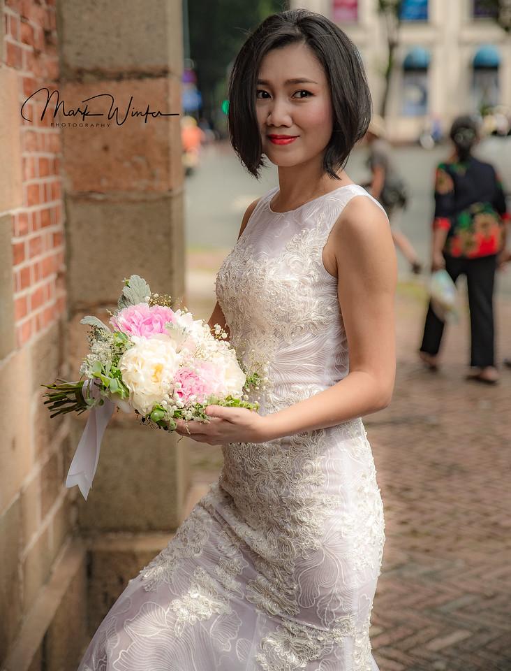Saigon Bride, Notre-Dame Basilica