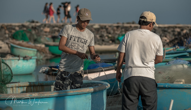Mending the Nets, Phang Rang