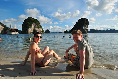 Vietnam - Beautiful Halong Bay