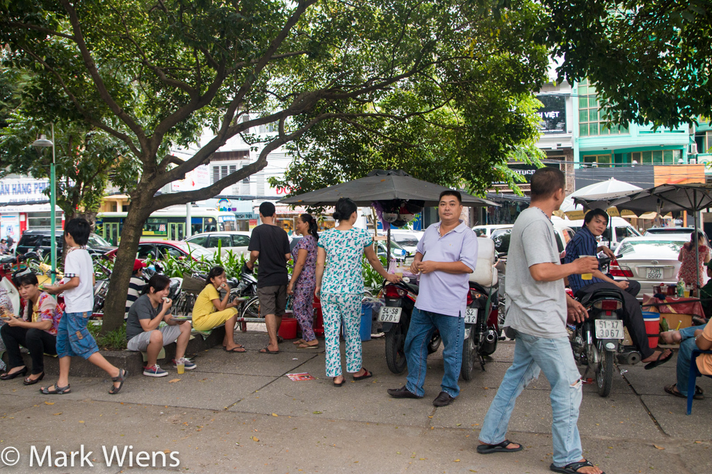 Vietnamese green papaya salad in Saigon