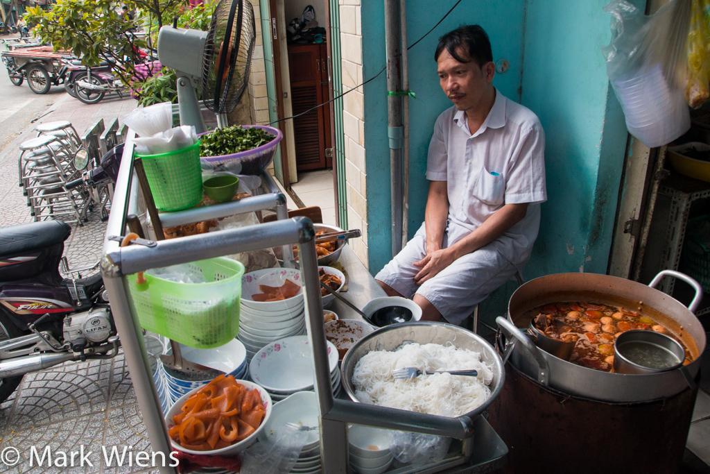 Bún riêu Nguyễn Cảnh Chân