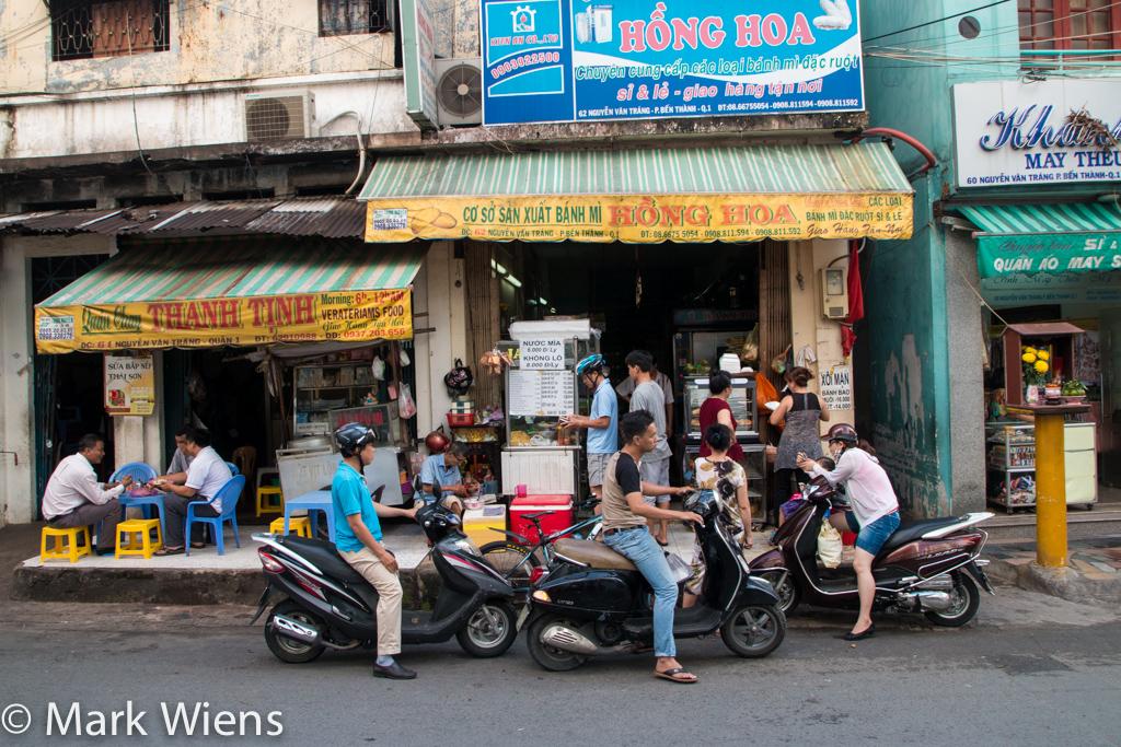 Banh Mi Hong Hoa (Bánh Mì Hồng Hoa)