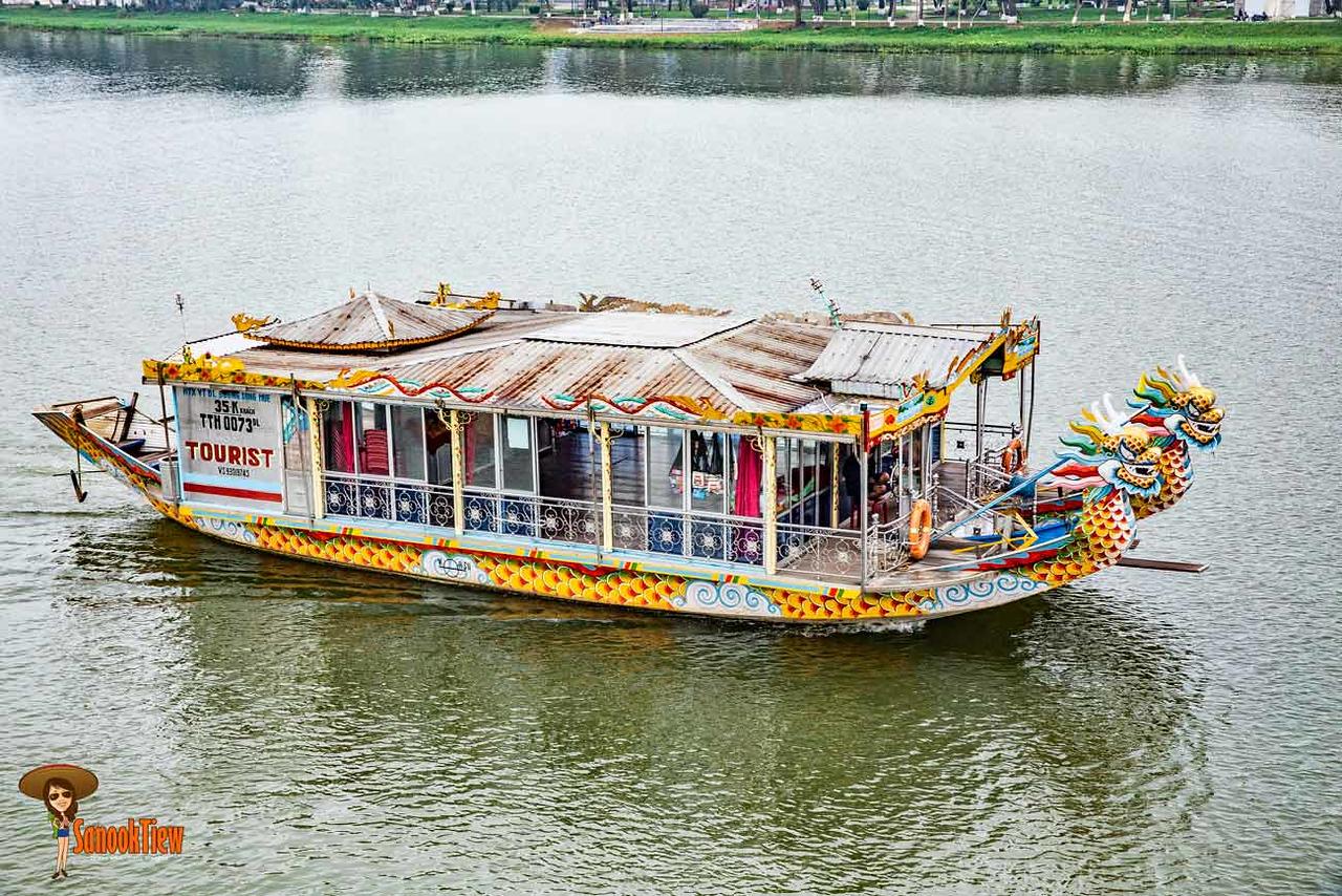 ล่องเรือสำราญเวียดนาม Dragon Boat