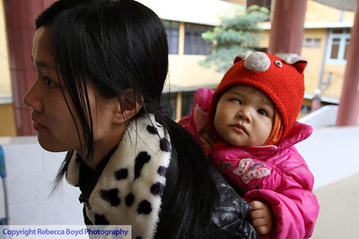 A mother and child arrive at the hospital hoping that the child can have surgery during a medical mission to Vietnam
