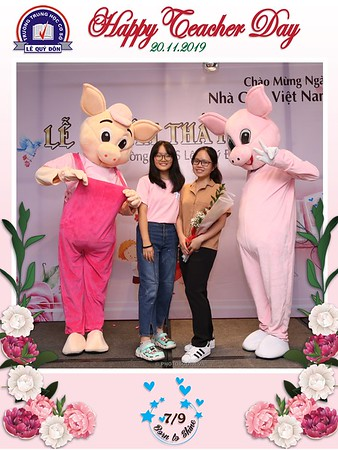Happy-Teachers-Day-20-11-Le-Quy-Don-Class-7-9-instant-print-photobooth-Chup-anh-in-hinh-lay-lien-WefieBox-Photobooth-Vietnam-084
