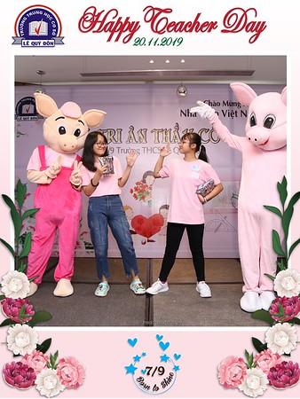 Happy-Teachers-Day-20-11-Le-Quy-Don-Class-7-9-instant-print-photobooth-Chup-anh-in-hinh-lay-lien-WefieBox-Photobooth-Vietnam-064