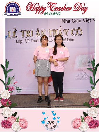 Happy-Teachers-Day-20-11-Le-Quy-Don-Class-7-9-instant-print-photobooth-Chup-anh-in-hinh-lay-lien-WefieBox-Photobooth-Vietnam-093