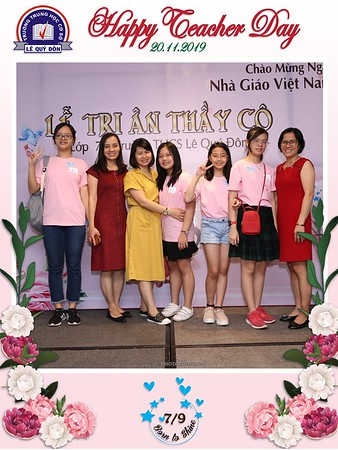 Happy-Teachers-Day-20-11-Le-Quy-Don-Class-7-9-instant-print-photobooth-Chup-anh-in-hinh-lay-lien-WefieBox-Photobooth-Vietnam-095