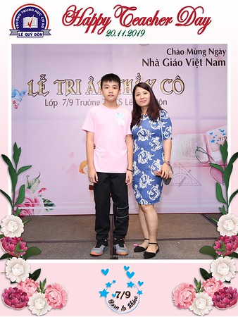 Happy-Teachers-Day-20-11-Le-Quy-Don-Class-7-9-instant-print-photobooth-Chup-anh-in-hinh-lay-lien-WefieBox-Photobooth-Vietnam-104