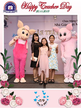 Happy-Teachers-Day-20-11-Le-Quy-Don-Class-7-9-instant-print-photobooth-Chup-anh-in-hinh-lay-lien-WefieBox-Photobooth-Vietnam-072