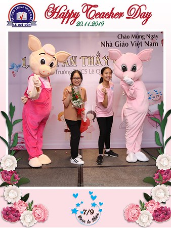 Happy-Teachers-Day-20-11-Le-Quy-Don-Class-7-9-instant-print-photobooth-Chup-anh-in-hinh-lay-lien-WefieBox-Photobooth-Vietnam-074